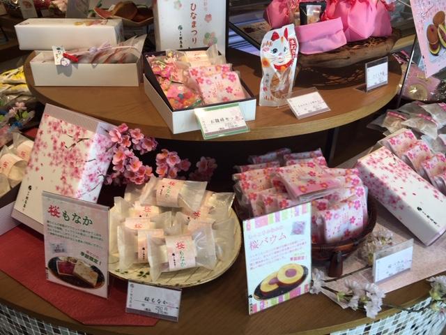 桜商品ディスプレイ3